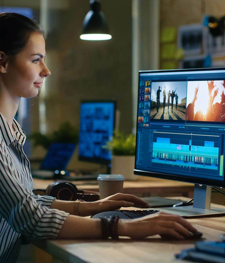 Adobe Premiere Pro CC 2019: Edit Awesome Vlogs with Brad